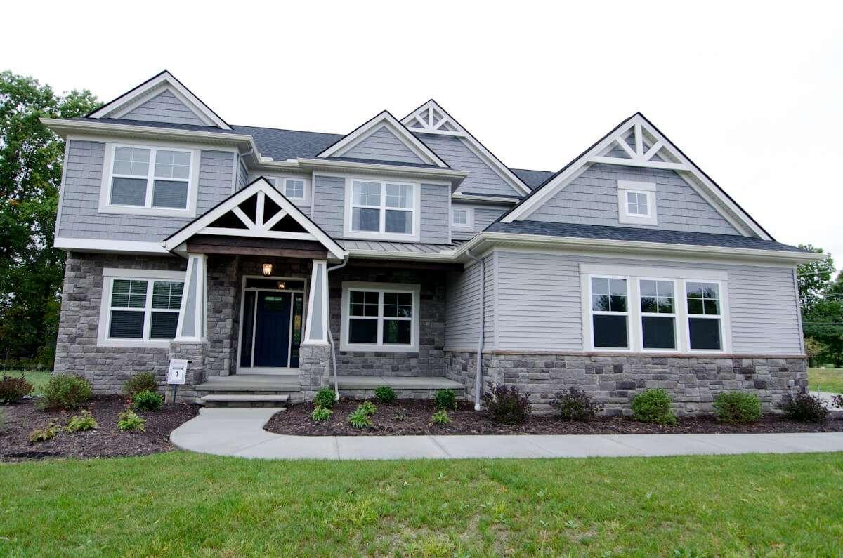 Love-Farm-SL1-11324-Love-Lane-Strongsville-OH-44136-MODEL-HOME-2